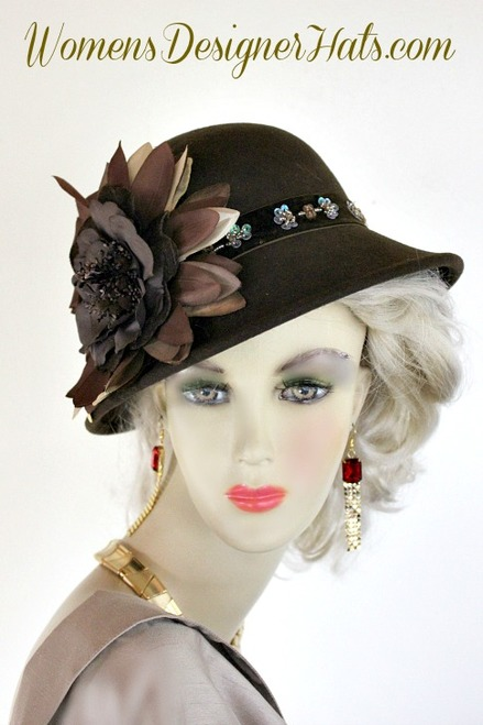 Brown Winter Wool Designer Women s Dress Cloche Flapper Hat. This 1920 s  Inspired Brown Wool Winter Hat Is Trimmed With A Custom Made Brown Beige  Tan Velvet ... 82b3fc600e0